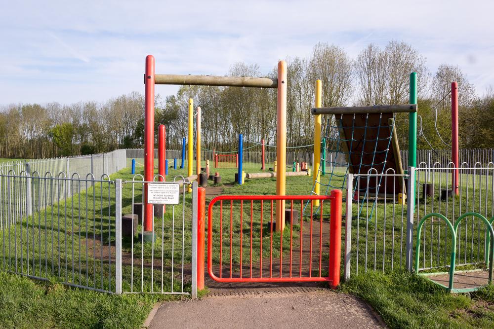 Public playground area perimiter fencing